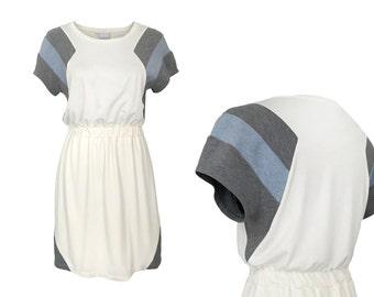 eisbörg Mostra dress creme - geometric dress with stripe pattern