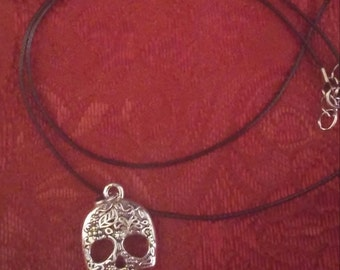 Day of the Dead Skull Necklace & Earring Set (3 pieces)