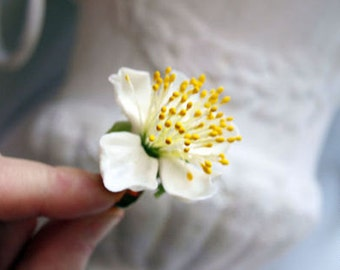 1  white flower Ring ng with flowers , , cold porcelain, polymer clay, berry ring, cherry blossom ring, white flower, women ring,