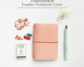 Handmade Leather Traveler's Notebook Cover / Midori style notebook cover/ Pink Color / Passport size/ Leather Journal