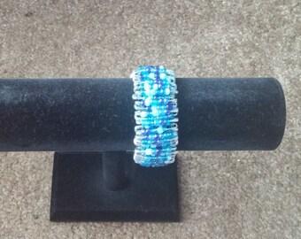 Blue elastic bead bracelet