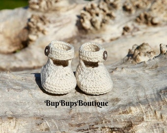 Beige Crochet Baby Girl Shoes - Button up Baby Shoes - Baby Gift - Baby Shower Pram Shoes - Crib Shoes - Beige Shoes - Mary Jane  Booties
