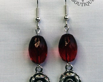 Gothic rose, dangle earrings in antique silver finish (Code ESP014)