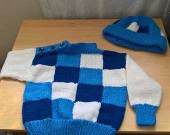 Boy's knitted jumper/sweater set