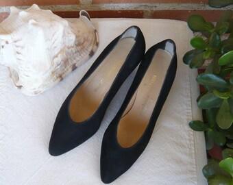 SALE!!Black Suede Vintage Stephane Kélian Ladies Shoes, Size 4
