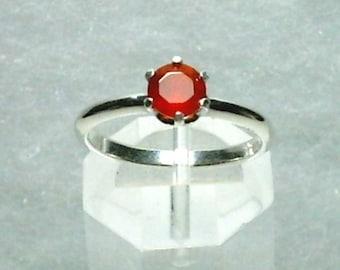 5mm Orange Carnelian Gemstone in 925 Sterling Silver Ring Size 7