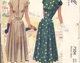 Vintage 40s Classy Dress Pattern- McCall 7204- Bust 32- Size 14