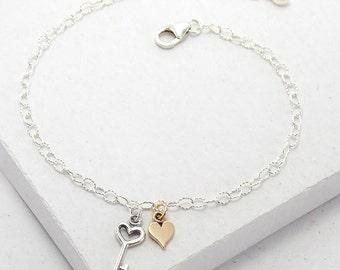 Key to my Heart Bracelet | Key Heart Bracelet | Delicate Everyday Bracelet | Stacking Bracelet | Valentine's Gift | Sterling Silver