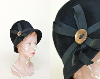 1960s Hat --- Vintage Black Felt Hat