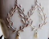Silver Laurel Wreath Teardrop, Pearl Dangle, Chandelier Earrings, Wedding Jewelry, Gardendiva