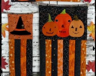 Prim Halloween mini quilt pattern PDF - 3 designs pumpkin witch fall wool primitive folk art