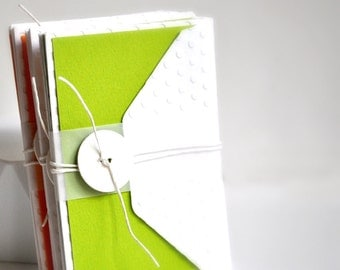 Luxe Embossed White Envelopes Set {4 w. green note cards} | Mothers Day | Gift for Her | Gift Teacher under 10