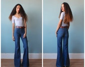 high waisted bellbottom jeans / high waist 70s chemin de fer jeans / 1970s / xs