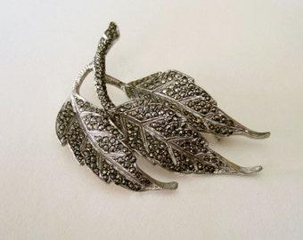 Glamorous Vintage Marcasite Leaf Brooch - Silver Tone Metal