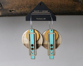 Laser cut earring | WRIGHT: Natural