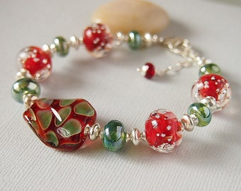 Red Green Bracelet, Artisan Lampwork Glass Beaded Bracelet, Sterling Silver - POMODORO