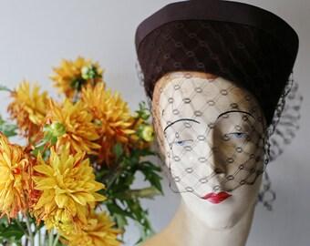 Vintage 1940s Ladies Tilt Hat With Full Veil ~ Vintage 40s Brown Felt Hat With Fishnet Veil