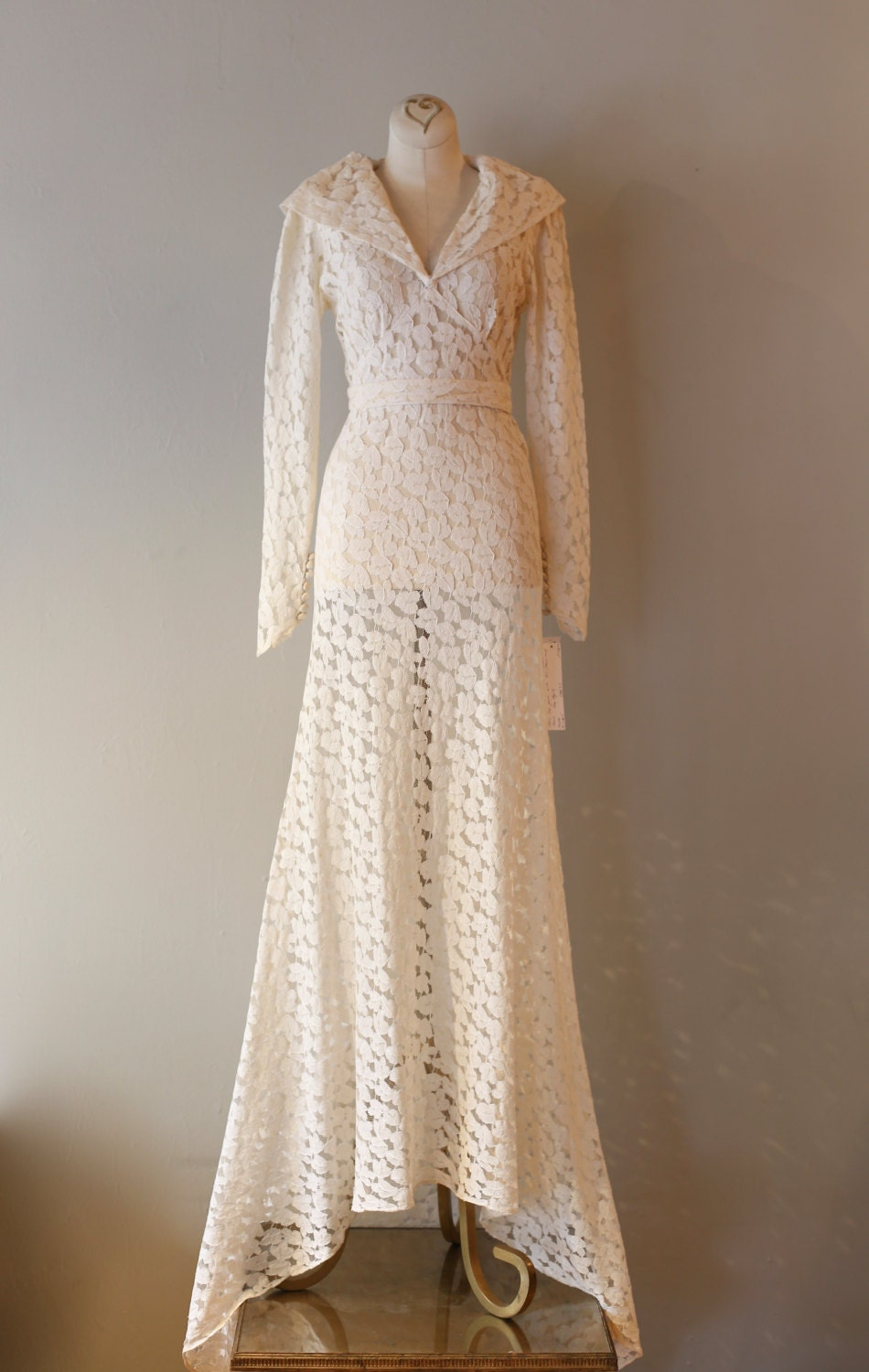 Vintage 1930s wedding dress vintage 30s ivory by xtabayvintage for How to clean your own wedding dress