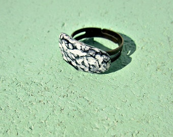 Black and Cream Carved Clay Adjustable Tablet Ring: Shelbie