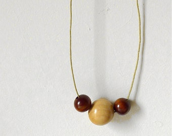 Simple Necklace - Three Wooden Beads - Necklace n.7