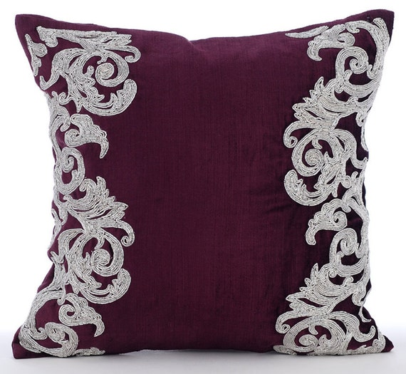 Luxury plum decorative pillows cover 16x16 velvet for Luxury decorative throw pillows