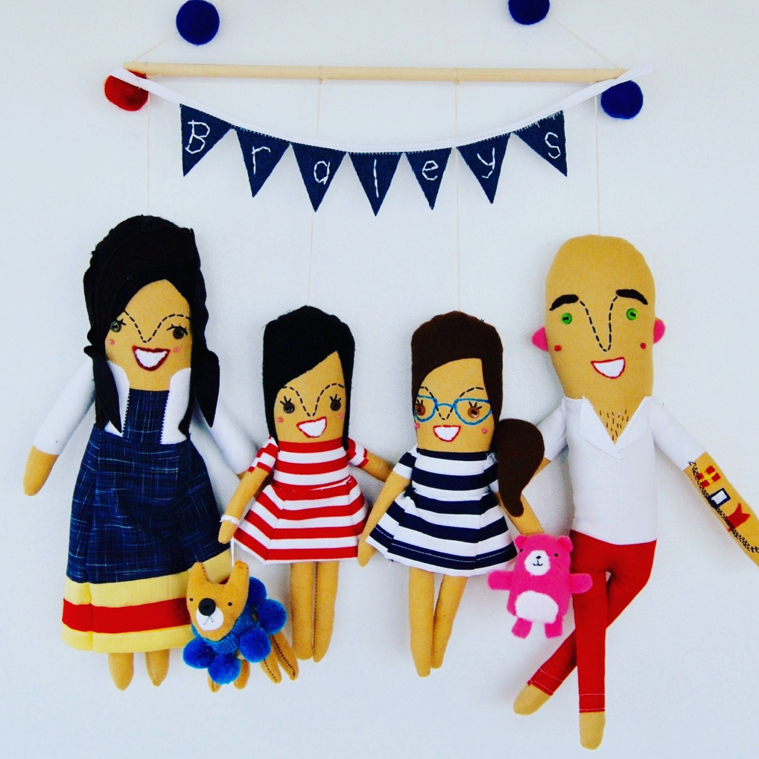 Design Your Own Swag Contest Ends Today: Wall Hanging Family Of Four Personalized Made To Order