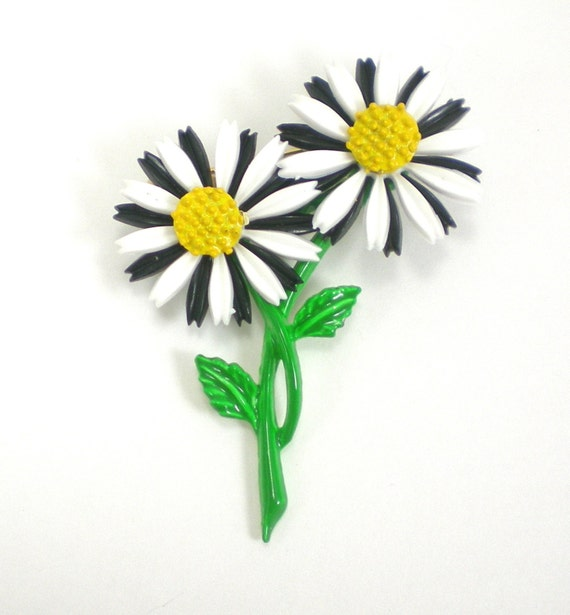 Black White Flower Brooch - Enamel Lucite Plastic Flower Pin - Vintage Jewelry - Black White Yellow Green