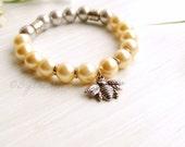 Bee Bracelet, Pearl Bracelet, Stretch Bracelet, Boho Jewelry, Gift for Her, Gold Bracelet, Mother's Day Gift, Boho Bracelet, Graduation Gift