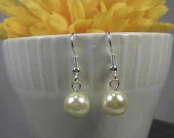Vintage glass pearl earrings