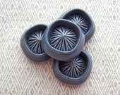 Retro Mod Flower Buttons 24mm - 1 inch Carved Gray Flower Burst Sewing Buttons - 4 VTG NOS Chunky Vintage Grey Plastic Shank Buttons PL199