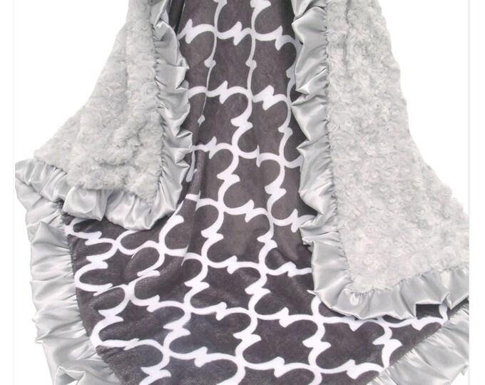 Silver Gray Swirl Quatrefoil Minky Baby Blanket, 3 Sizes