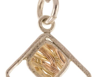 Enclosed Square Pendant - Gold
