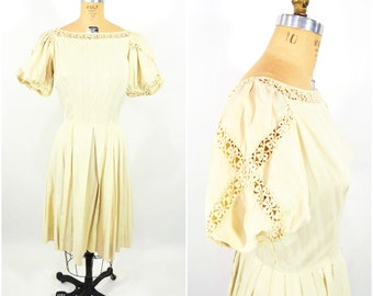 1950s party dress   50s cream puff sleeve dress   embroidered vintage dress   S/M