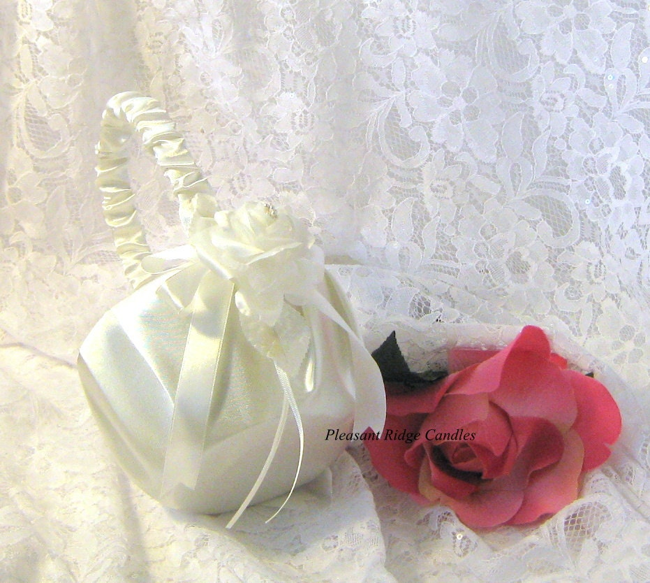 Flower Girl Baskets Ivory Uk : Ivory flower girl basket rose cheap wedding