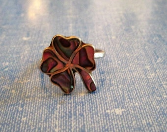 RING  - ABALONE - 4 LEAF Clover  - Sterling Silver -  size 7  ajustable -     abalone17