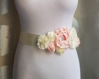30% Off Sale, Wedding Sash, Flower Belt, Wedding Sash, Wedding Accessory, Ivory Flower, Flower Belt, blush pink and ivory flower belt