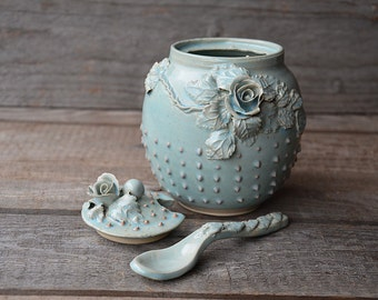 Alice in wonderland Sugar bowl  with roses and dots and little teaspoon - Stoneware with roses in light blue glaze
