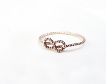 Delicate Love Knot Ring 14K Gold