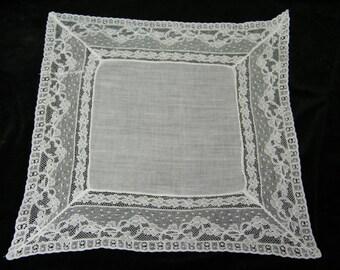 """Vintage 12.5""""  Floral Lace Brides Wedding Handkerchief, Hankie, Hanky  9771"""
