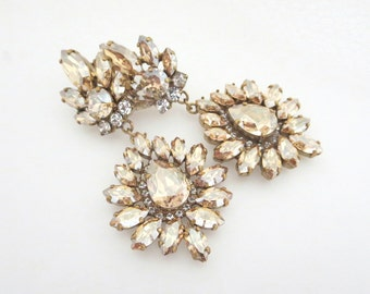 Crystal Bridal earrings, Bridal jewelry, Chandelier earrings, Statement Wedding earrings, Swarovski crystal earrings, Vintage style earrings