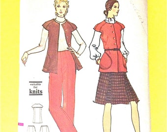 1970s Vogue 8426 Misses' Jacket, Pants and Skirt A-line skirt, inverted pleats, Straight-legged pants Vintage Sewing Pattern Bust 34