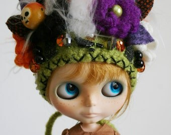 Blythe Halloween OOAK Doll Hat - Special Edition - Gnome Helmet for Blythe - Floral Collage -  Skully
