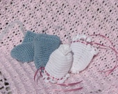 Baby no scratch mitts for christening, baptism for newborn girl and newborn boy are handmade from cotton thread