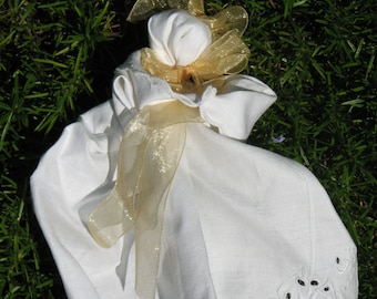 Cutwork handkerchief babies, pew dolls, prayer babies are great for baby shower! Civil War reproduction made in Ohio from vintage hankies