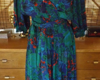 Vintage flowing Chiffon Vibrant Floral Boho MIdi Dress M