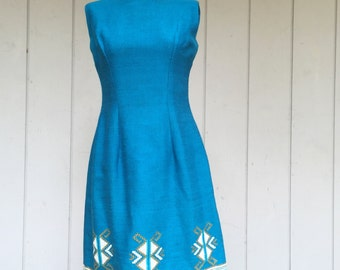 Vintage 60s Teal Blue Sheath Day Dress With Hand Embroidered  Boarder On Wool Material - LEVANTIS Nikis 3 Athens -  Size 12 Medium