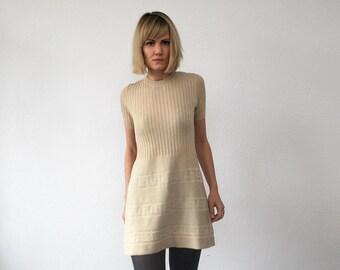 SALE...60s mini dress. knit cream dress. tricot mini dress - xxs, xs