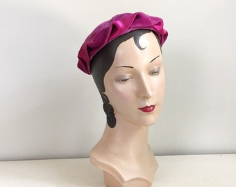 Vintage 1960s Camelot Hot Pink and Orchid Velvet and Satin Twist Edged Close Hat