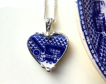 Broken china jewelry heart shaped necklace pendant antique blue willow china