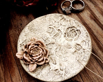 Wedding Ring Holder Personalized Ring Bearer Dish Floral Vintage Style Ring Holders Jewelry Dish Pillow Alternative Bowl Bowl Plate